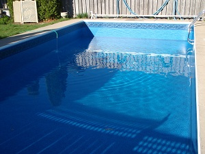 leaking pool liner